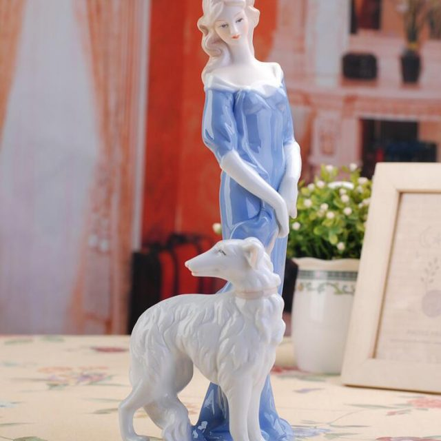 Lovely Ceramic Ladies Figurines for Home Decoration