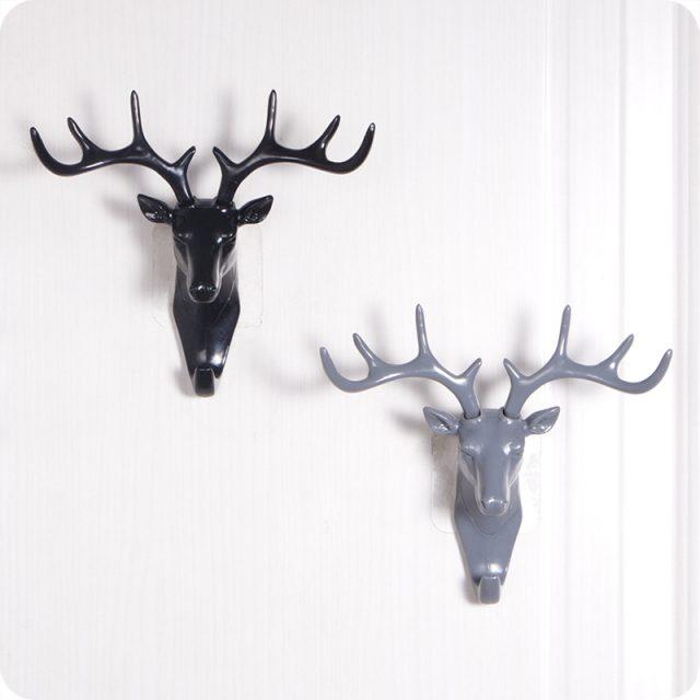 Creative Small Plastic Deer Decor Wall Rack for Living Room