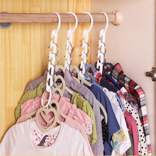Clothes Hangers Organizer