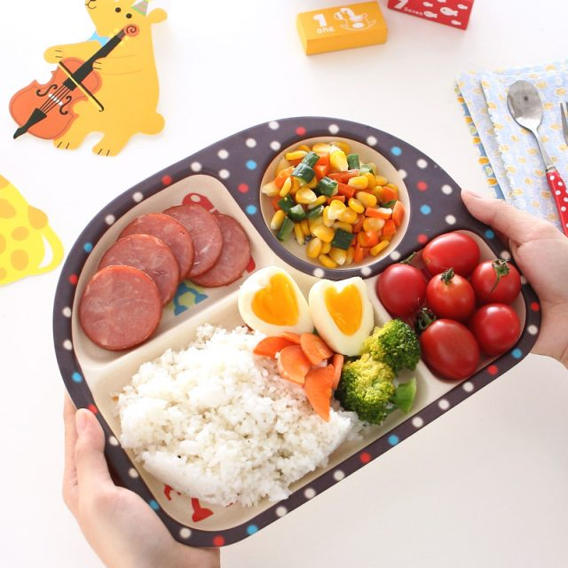 Baby's Plate with Cartoon Pattern